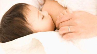 pregnant_breast_milk.jpg