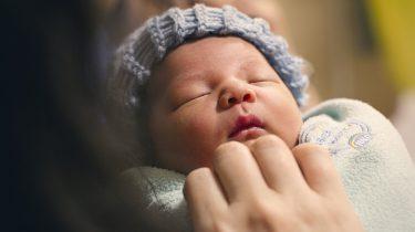 baby bevallen geboorte