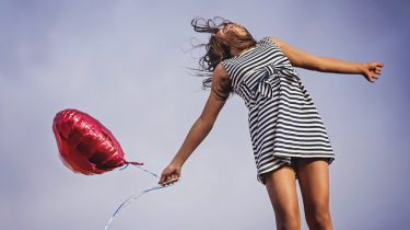 vrouw hart ballon