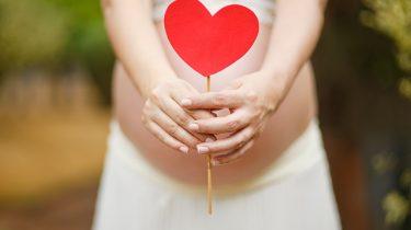 hartje met zwangere buik