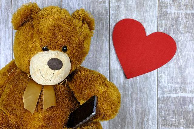 beer met hartje en telefoon