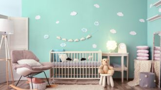 Dit kost een babykamer en -uitzet